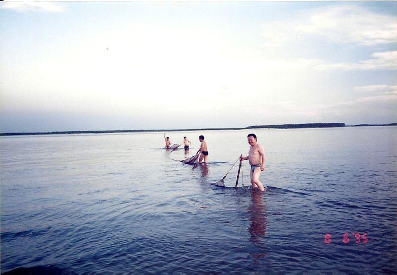Видео летней рыбалки неводом - мунха в Якутии!