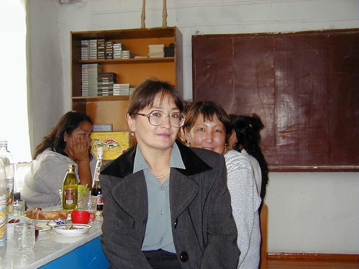 1 сентября 2002 года в Тит-Аринской средней школе!