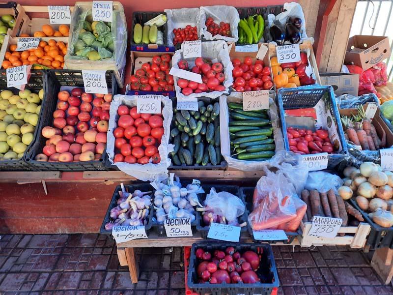 Крестьянский рынок и Комсомольская площадь в Якутске. 31 мая 2021 г.